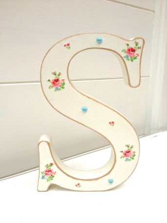 Shabby chic letters chosen
