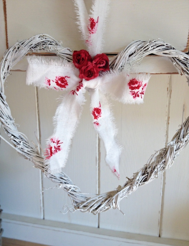 Etsy red and white twig heart chosen