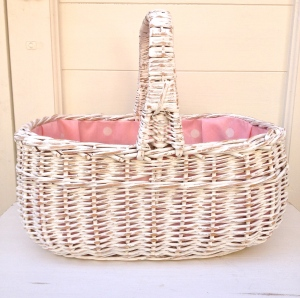 Vintage shopping basket